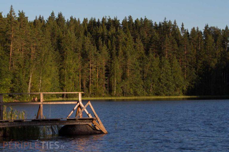 ponton lac finlande